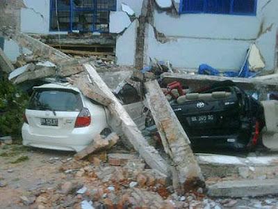 Foto Kerusakan Akibat Gempa di Sumatera Barat
