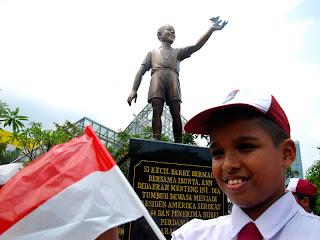 Patung Obama Taman Menteng