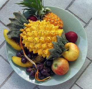 ... Today: Are You Crafty? Create Your Own Pineapple Shaped Reticule