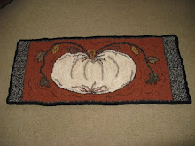 White Luminary Pumpkin Rug