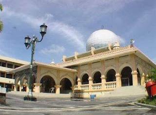 Foto Masjid Raya Pekanbaru yang lama, sebelum di rombak, revitalisasi, foto sebelum dipugar
