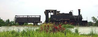 Rel Kereta api di Pekanbaru Riau