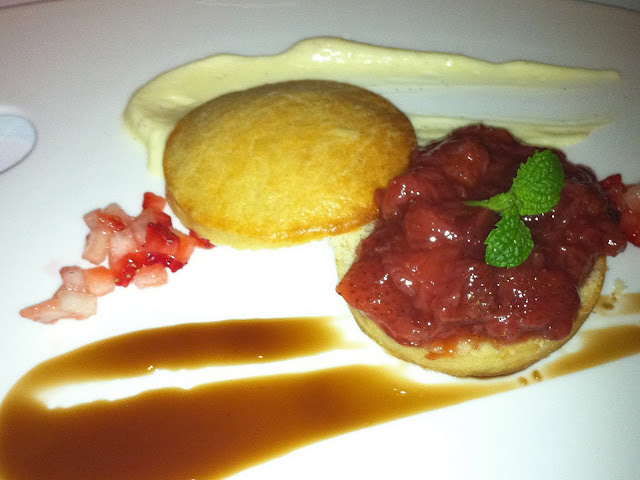 Santa Lucia Hotel Panorama fine dining parma ham truffle 巴馬火腿 黑松露 拍拖勝地