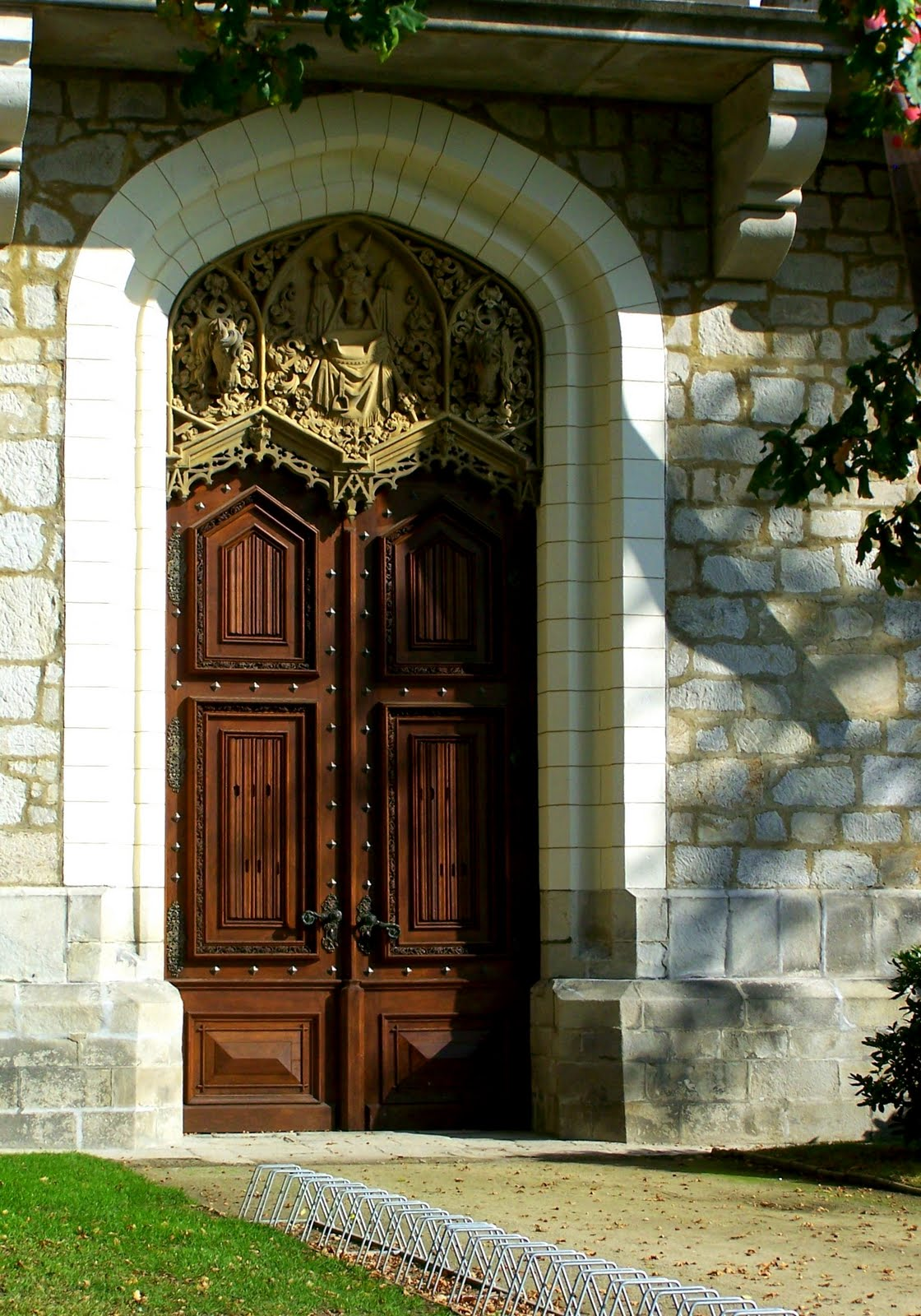 Abroad in the czech republic more interesting doors for Door z prague