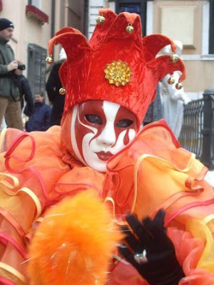 http://1.bp.blogspot.com/_LFlWe-HNSIo/SaciOczK_6I/AAAAAAAABto/ELI3q1b7PBQ/s400/carnaval-venecia2.jpg