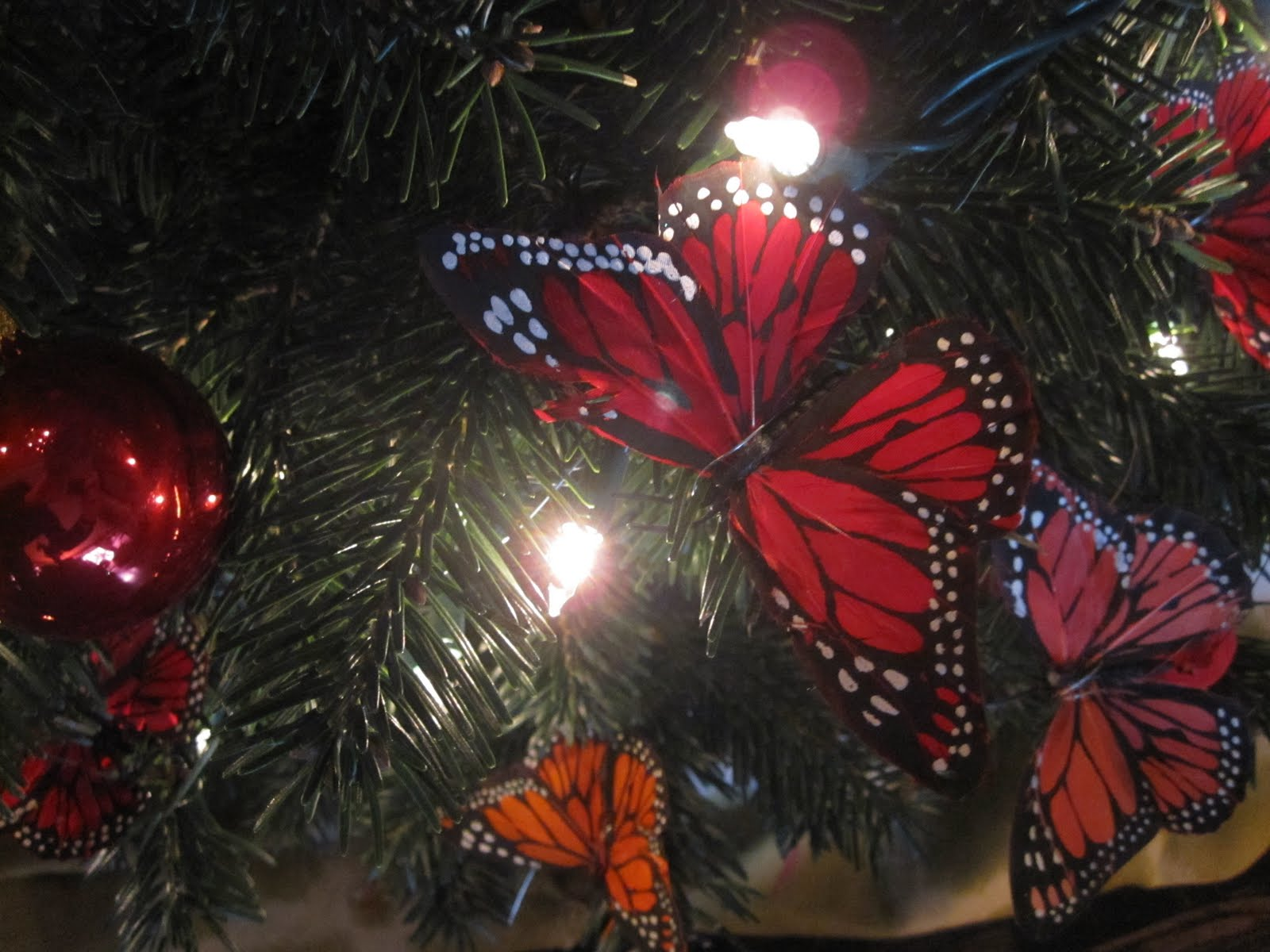 christmas tree for the birds butterflies - Red Bird Christmas Tree Decorations