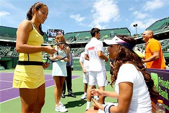 Black Tennis Pro's Sony Ericsson Open Glam.Set.Match - Mel B and Ana Ivanovic