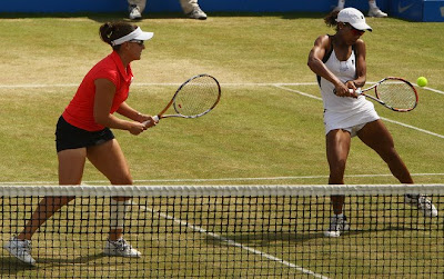 Black Tennis Pro's Raquel Kops-Jones and Abigail Spears 2009 AEGON doubles final