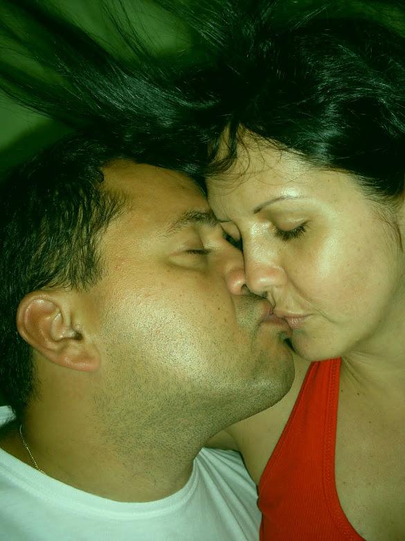 Papai e mamãe namorando...rsrsrsrs