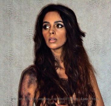 Mallika Sherawat hisss topless