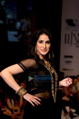 Sagarika Ghatge  pics