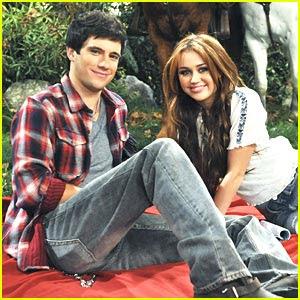 Miley Cyrus  Drew Roy