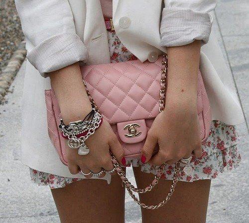 ~ Amando La Moda ;