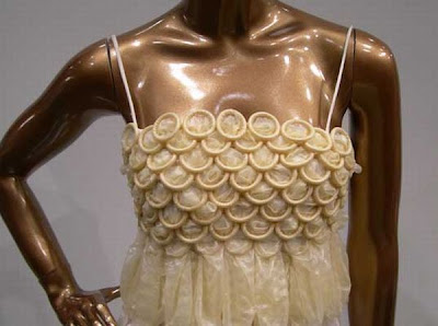 [Image: condom-dress-04.jpg]