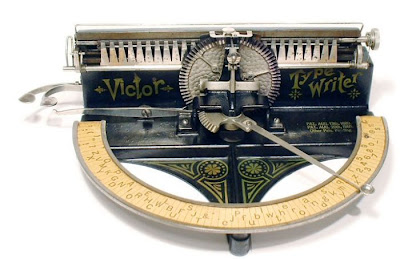 vintage typewriters 18 World's Oldest Typewriter Collection