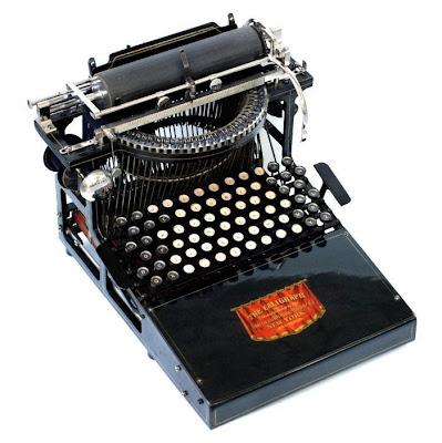 vintage typewriters 03 World's Oldest Typewriter Collection