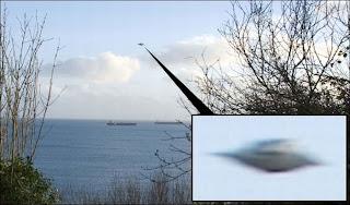 Koleksi Gambar Penampakan UFO