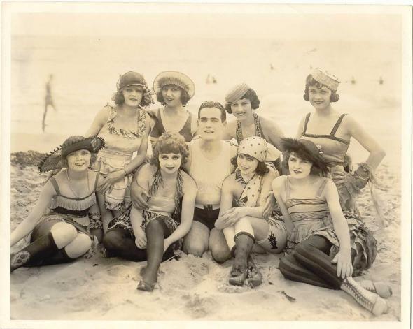 голые фото 20 века