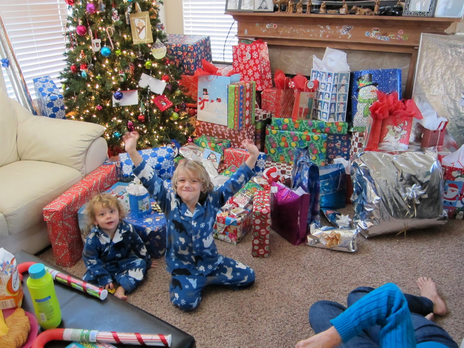 Children of a Lesser Blog: Christmas Day