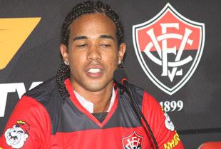 Lateral Eduardo Neto - EC Vitória