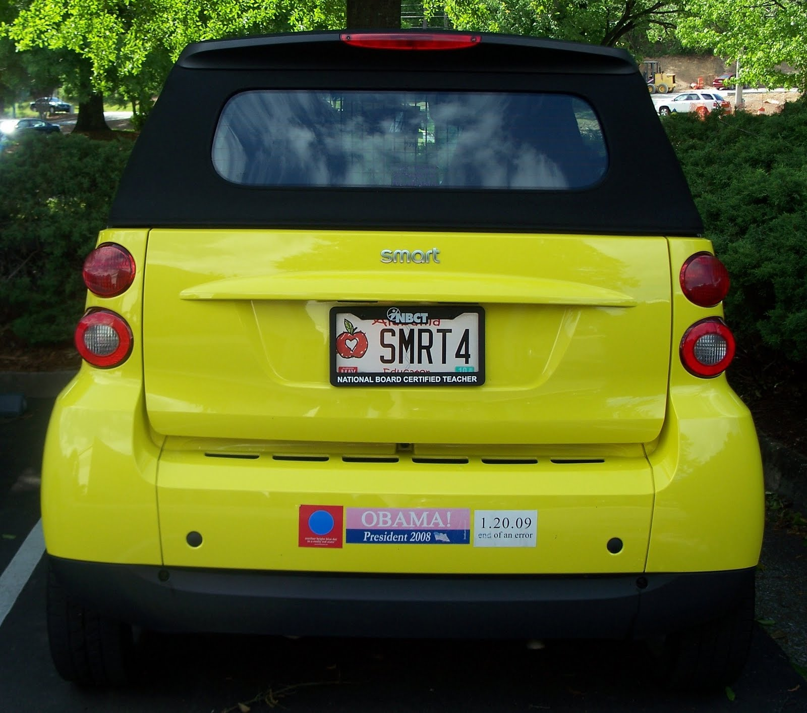 Smart car sticker designs - We Saw This Smart Car In A Dealership Parking Lot Today Tcguy S Remark After Seeing The Obama Bumper Sticker Was That S Not Such A Smart Car