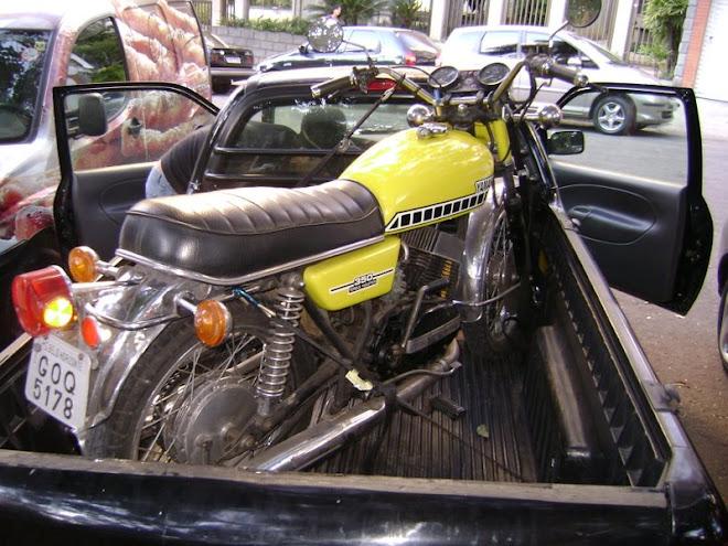 A Yamaha RD350A