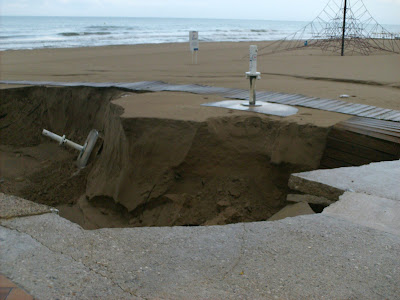 Guardamar beach damage