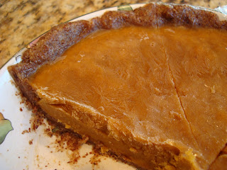 No-Bake Vegan Pumpkin Pie in shallow dish
