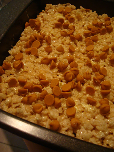 Rice Krispie Treats topped with butterscotch chips