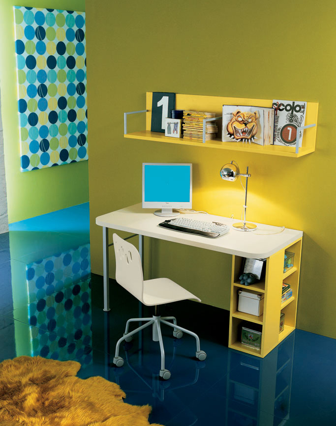 Kids Workspace Organization 1