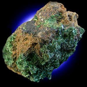 suatu unsur kimia dalam tabel periodik yang memiliki lambang U dan