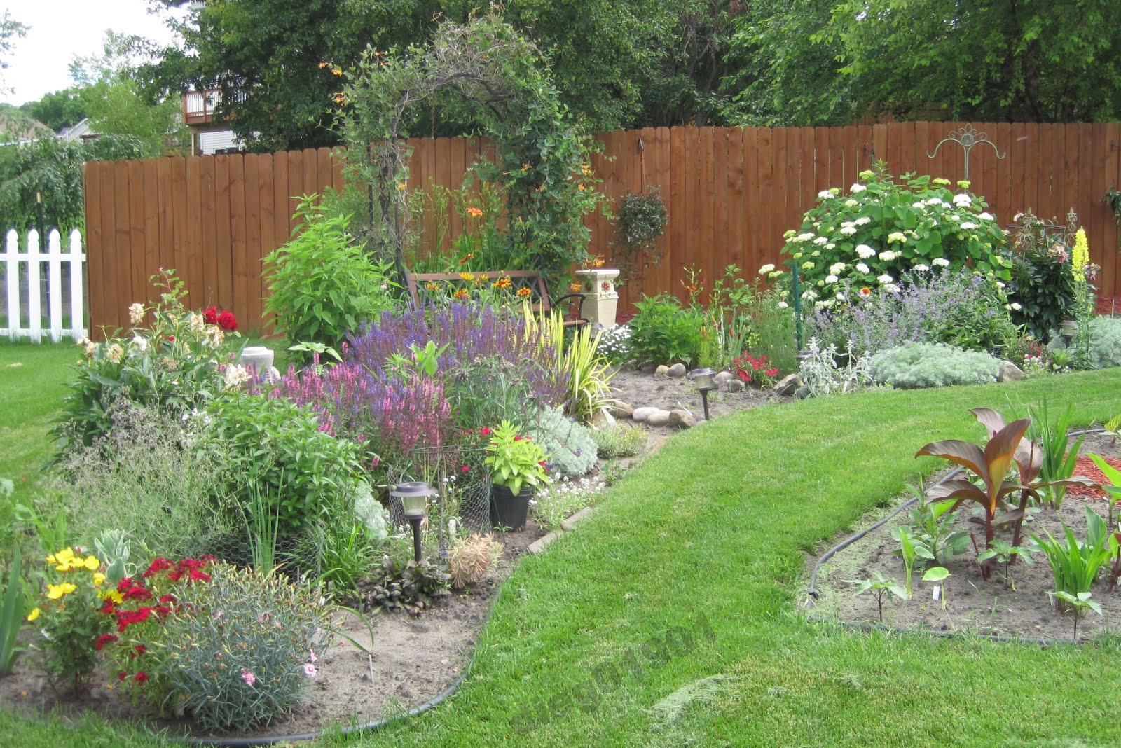 fertilizing your flower beds get busy gardening. Black Bedroom Furniture Sets. Home Design Ideas