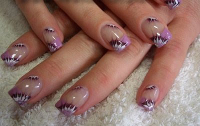 23 Stylish manicure purple manicure perfect manicure nails art manicure decorated with flowers lilac shade Lilac Nails design lilac nails art fashion manicure amazing polish