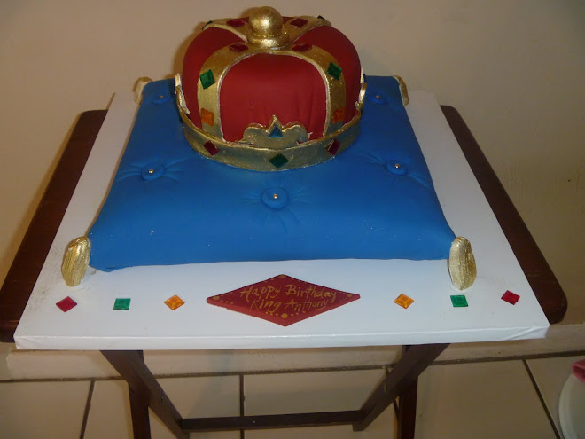 Anthony's King Crown Cake