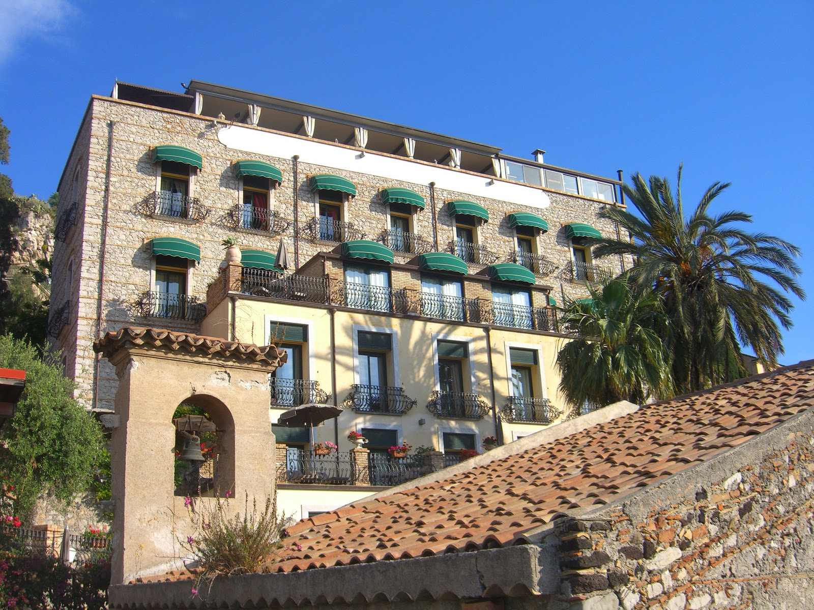 Art de vivre in southern europe villa carlotta boutique for Boutique hotel taormina