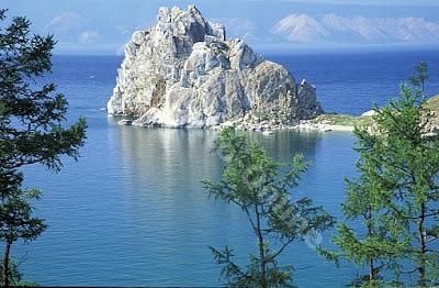 10 Danau Terindah di Dunia