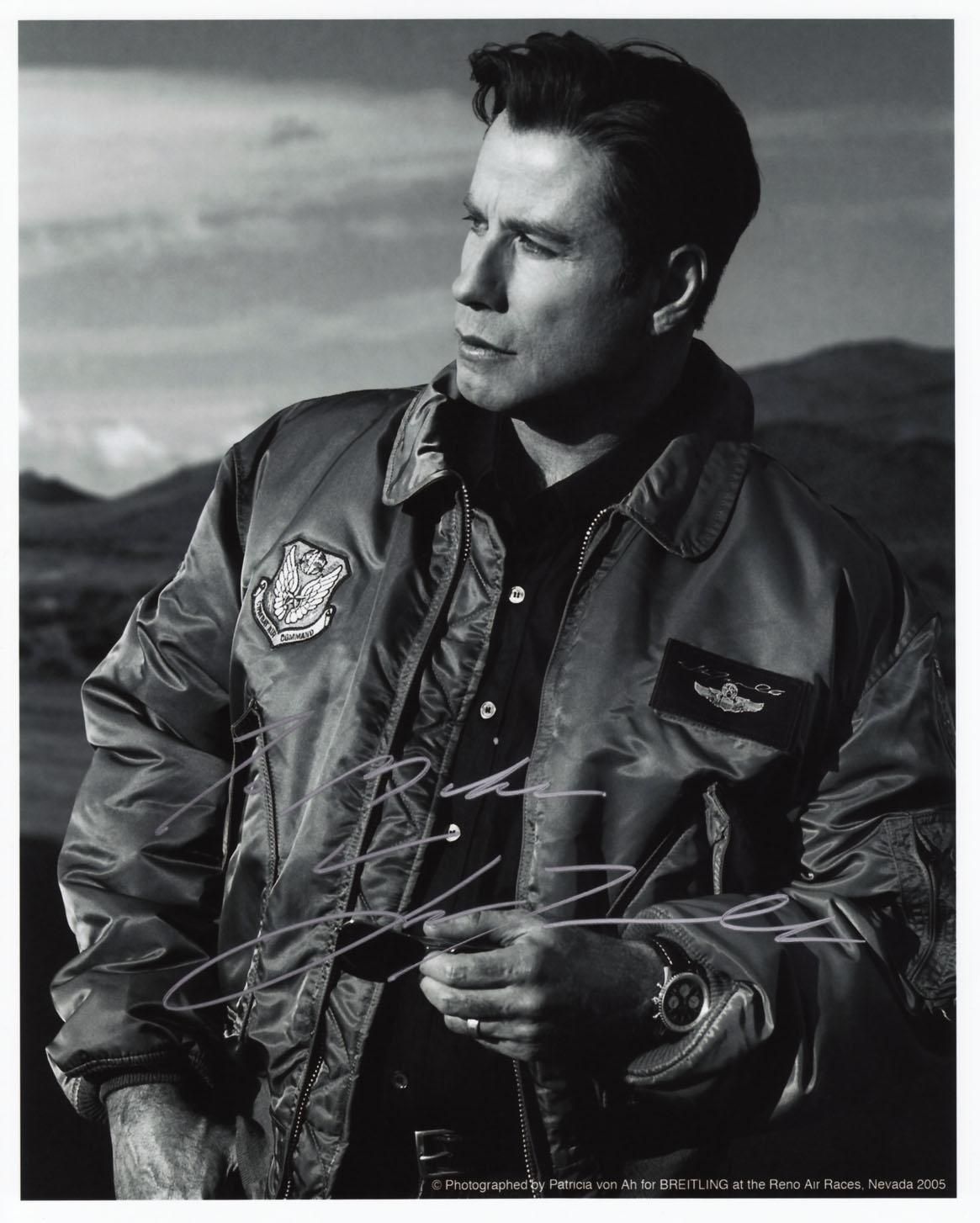 http://1.bp.blogspot.com/_LVklrIcARbI/TRQEvrqp8HI/AAAAAAAAAKg/yoR7o2On_mk/s1600/John+Travolta.jpg