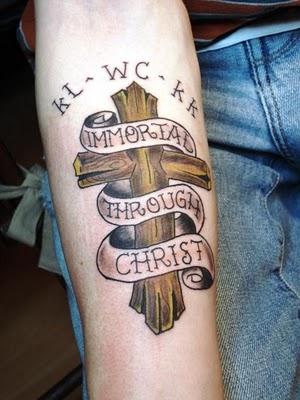 Cross Tattoos Design on Hand