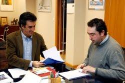 El consejero de Medio Ambiente, Francisco Martín, y el alcalde de Penagos, José Carlos Lavín