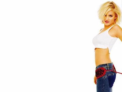 Elisha Cuthbert blue jeans