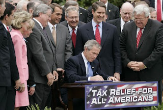 Bush signs the tax increase of 2005