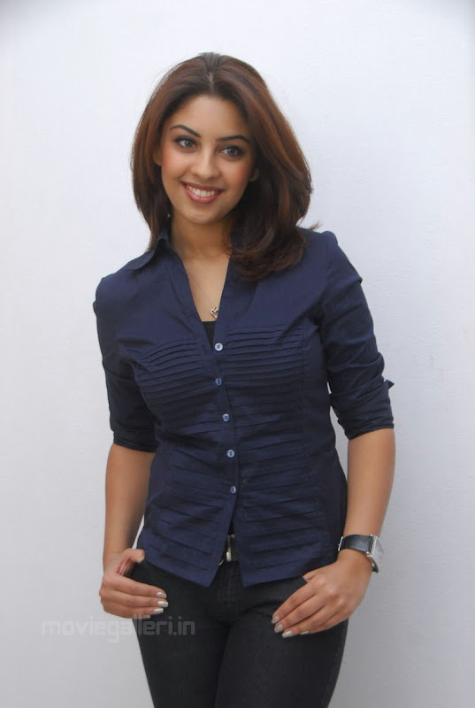 Richa Gangopadhyay Latest Photo Shoot Stills hot photos