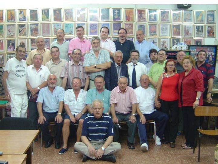 EOS realiza su primer coloquio en JUNIO DE 2005