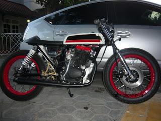 Honda CB 100 1974 Modifikasi By Cafe Racer