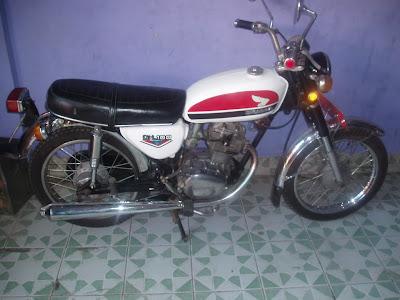 1973 Honda CB 100 (Gelatik)