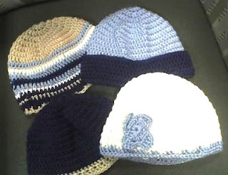 Free Pattern: Dove and Peacock Chemo Caps | The Firefly Hook