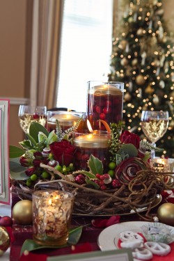 the centerpiece can be a wonderful addition to your dining room table at home or several can be made for holiday party or wedding centerpieces