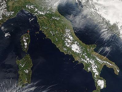 AERONET_Rome_Tor_Vergata - Date: 2007/114 - 04/24  True color - Satellite: Aqua