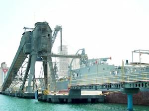 Nuevo muelle de embarque de cemento