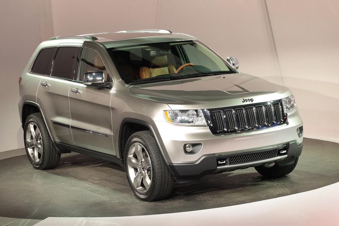 cecil in uvalde 2011 jeep grand cherokee receives first honors. Black Bedroom Furniture Sets. Home Design Ideas